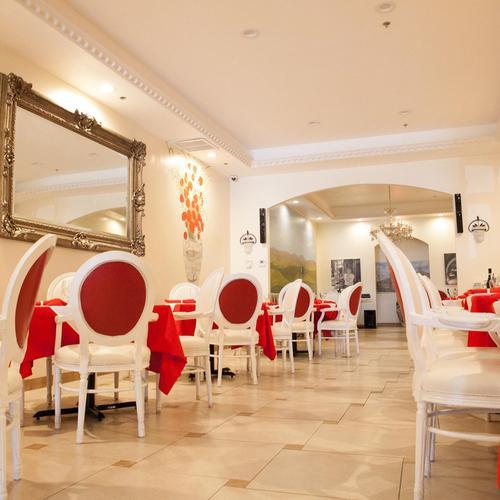 Cafe Toscano  Village Blvd West Palm Beach Fl
